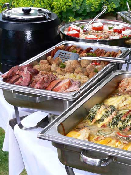 Partyservice Catering warmes Buffet